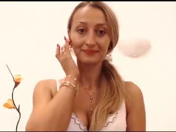 classymelyna chaturbate