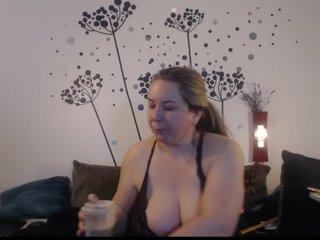 titanic-tits's Recorded Camshow